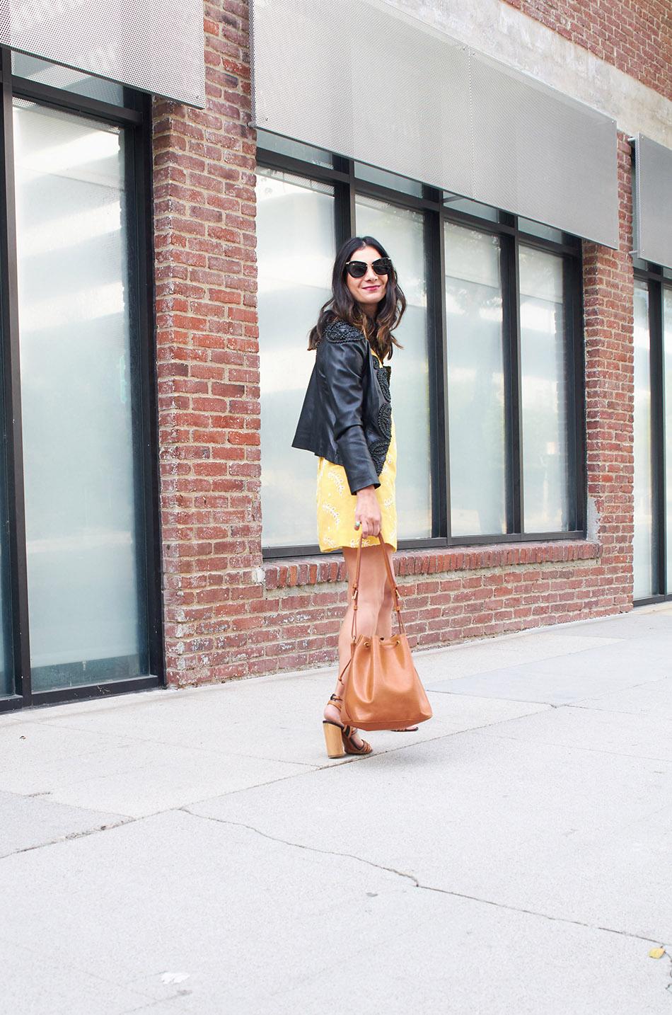 how to style trendy leather jackets www.avintagesplendor.com