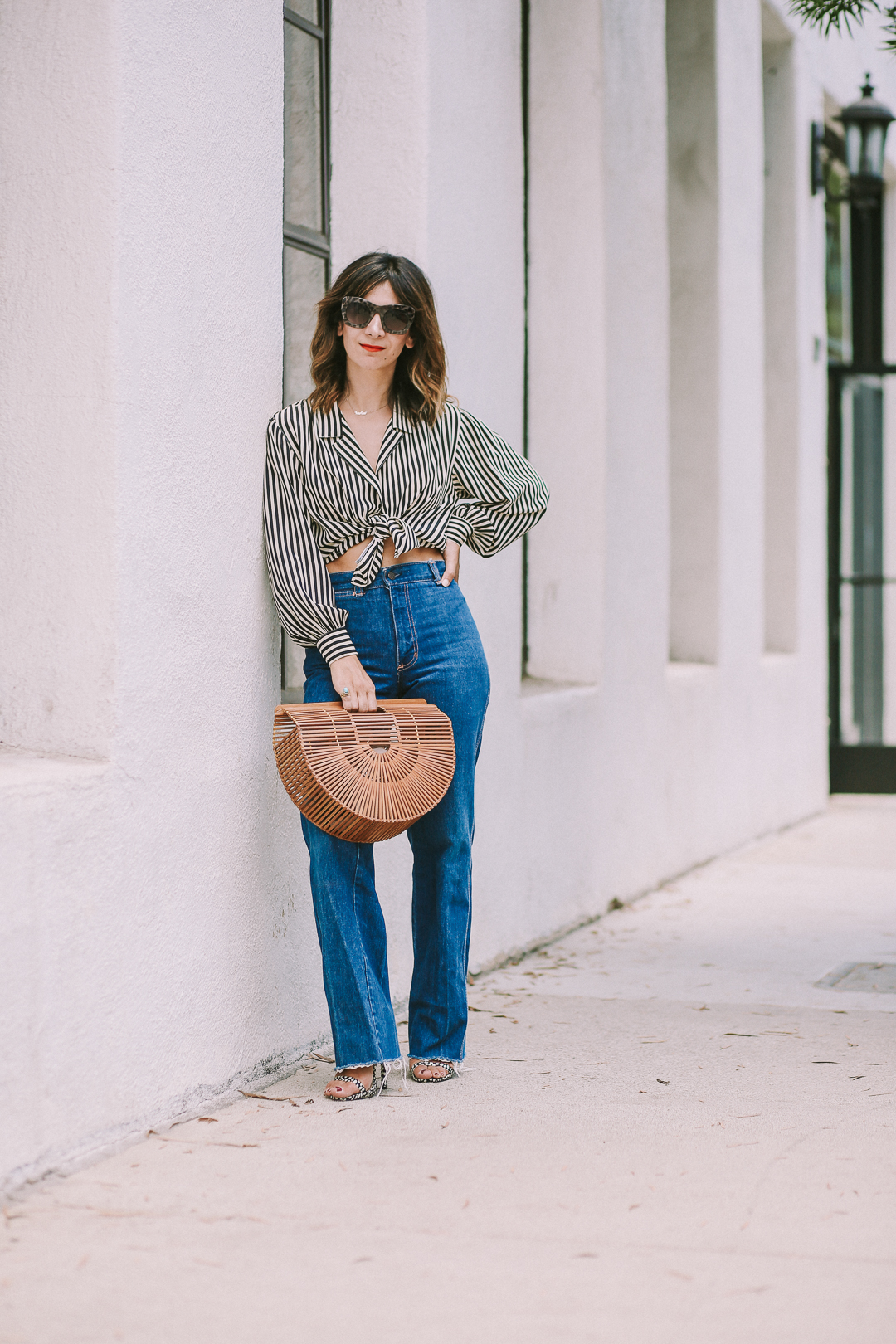 how to style high waist jeans outfit ideas