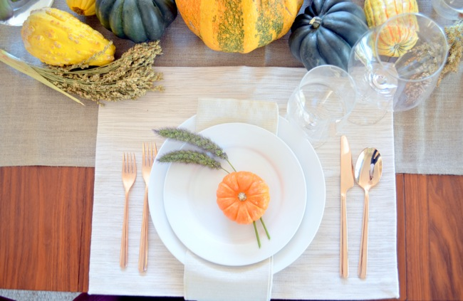 modern traditional thanksgiving setting 4