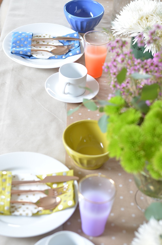 bright table setting 2