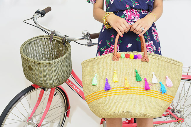 pom pom beach bag and bike