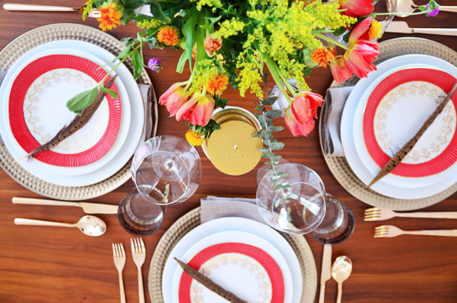 thanksgiving vintage traditional table setting