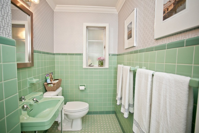 30 Great Pictures And Ideas Of Old Fashioned Bathroom Tile: My Favorite Mint Green Bathrooms
