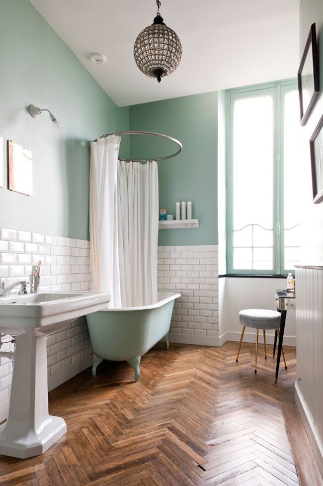 Vintage Mint Green Bathtub