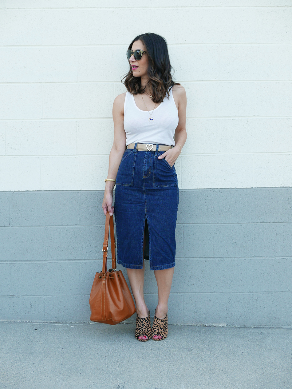 how to style a denim skirt 1