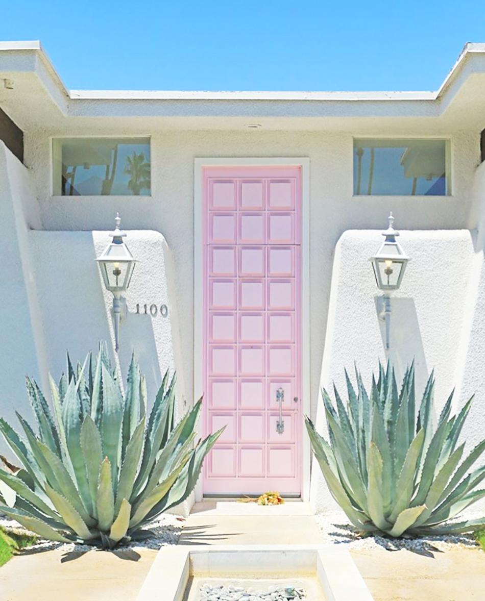 Villagolightly And Vintage Ping In Palm Springs