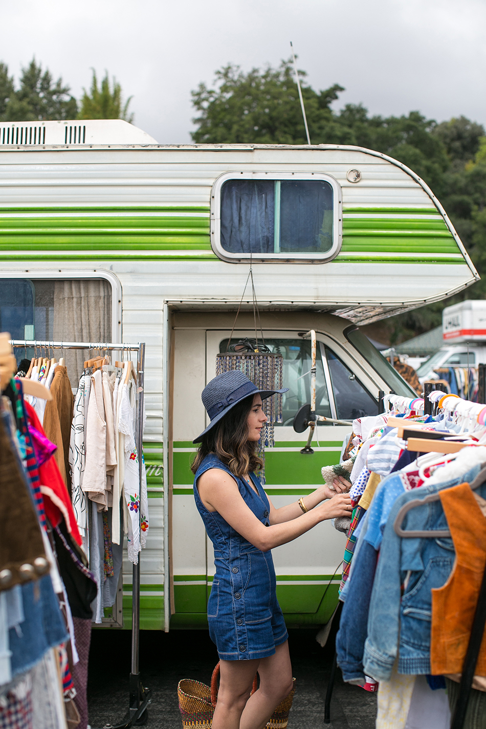 a vintage splendor shops the rose bowl flea market