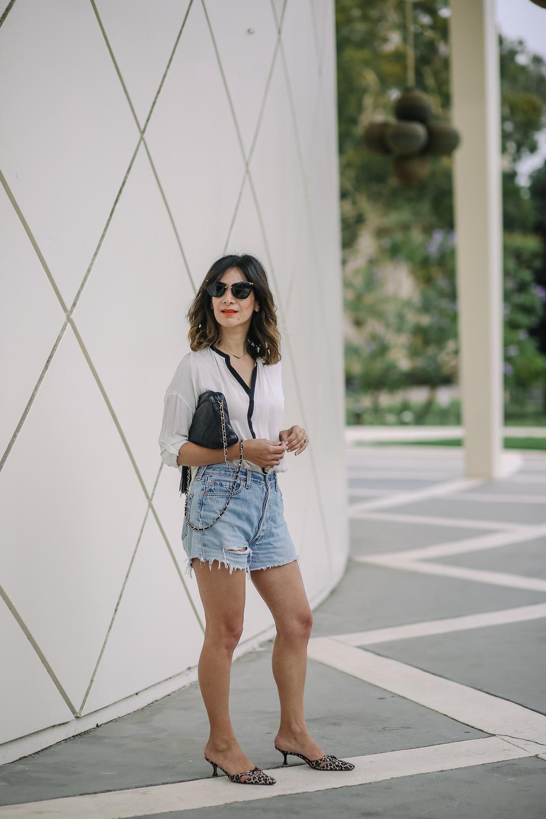 a vintage splendor wears vintage levis shorts