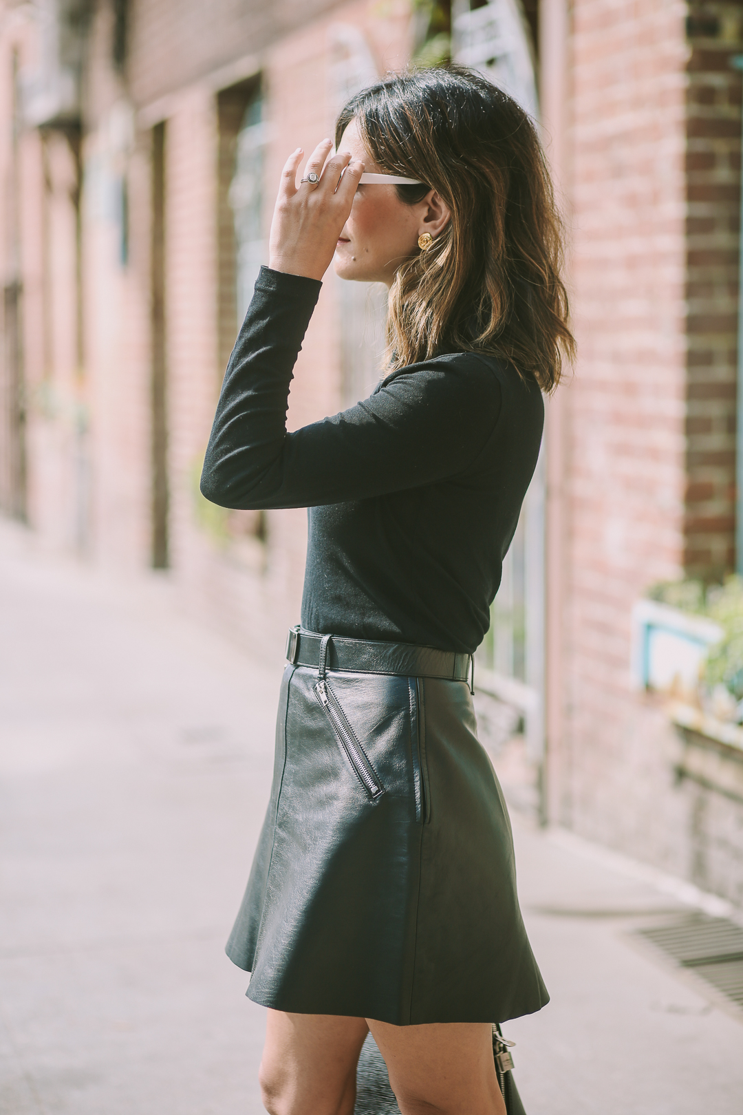 how to wear a leather skirt outfit ideas