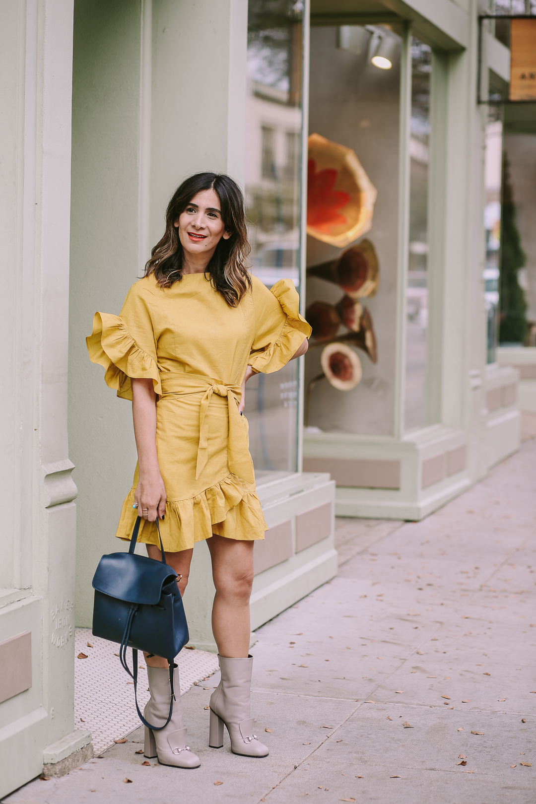 how to style yellow and grey outfit ideas