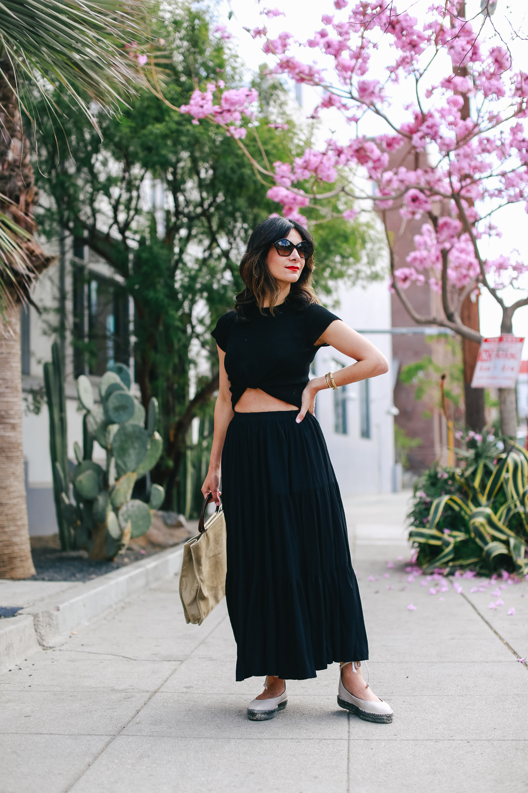 styling an all black skirt for spring