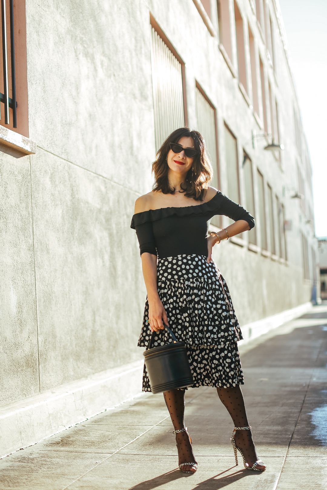 how to wear all dots
