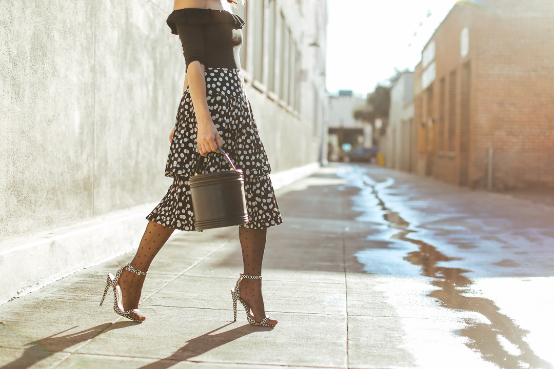 how to wear dot tights outfit ideas