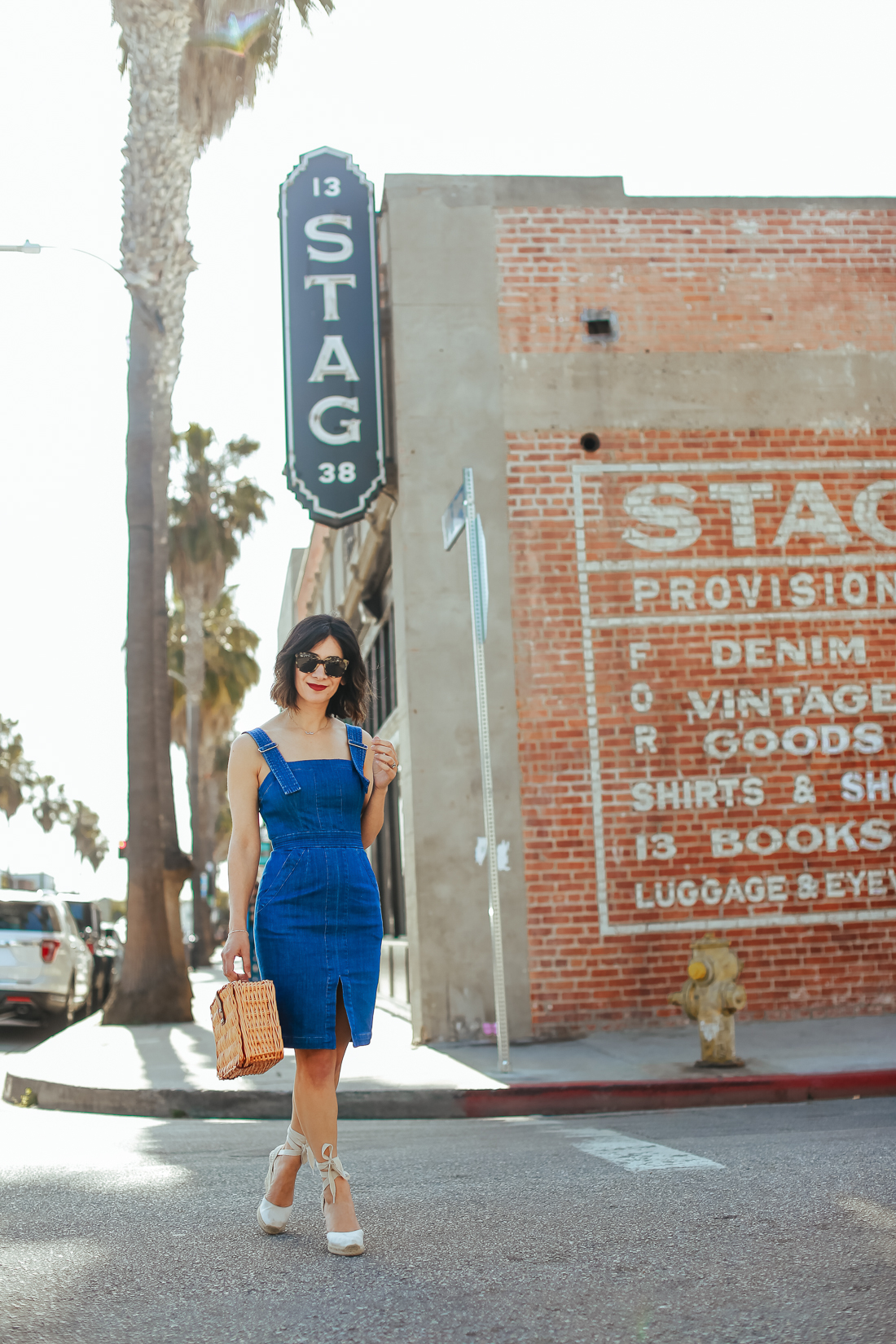 a vintage splendor styles a denim dress outfit ideas