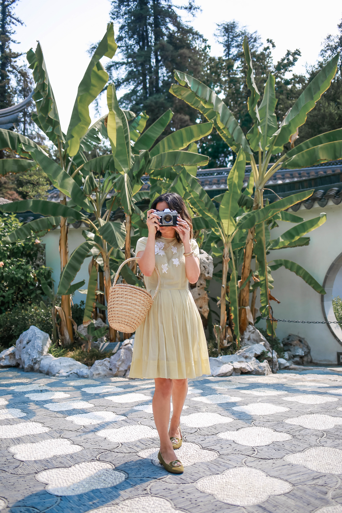 how to style a vintage 1940s dress