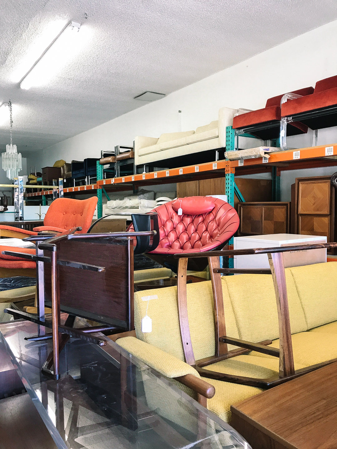 A Secret Spot in Los Angeles for Great Vintage!