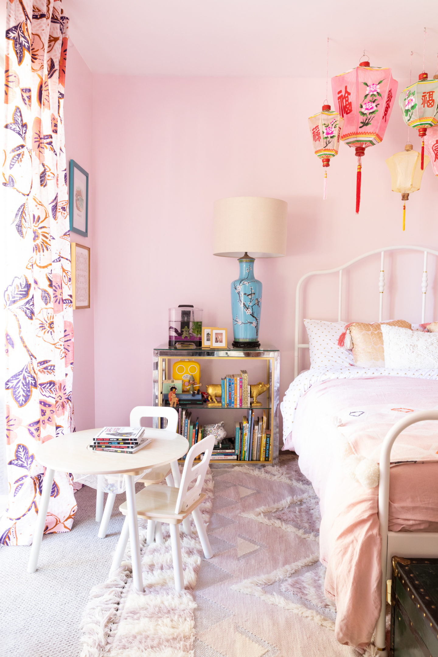 chinoiserie bohemian room