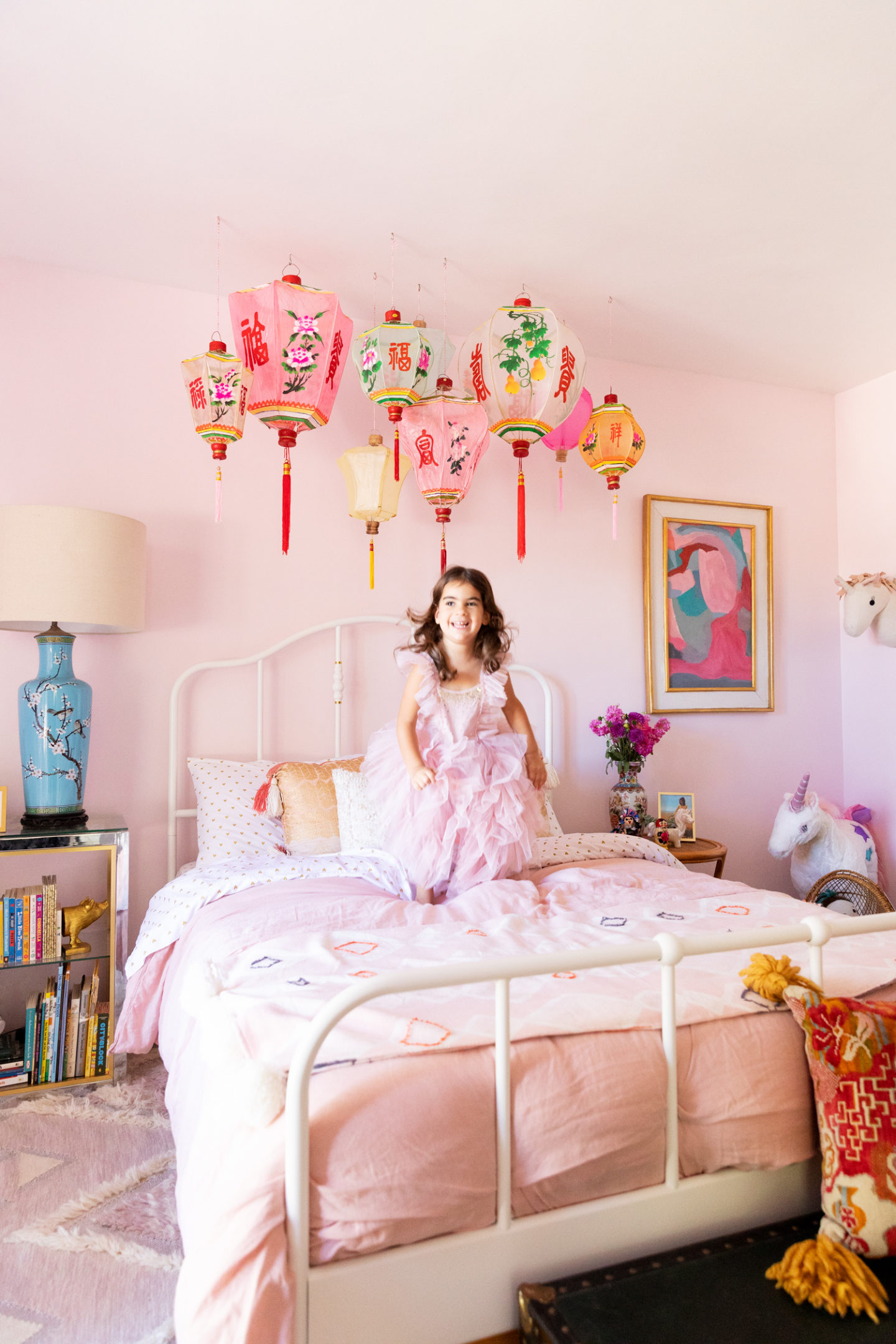 chinese lanterns pink bedroom