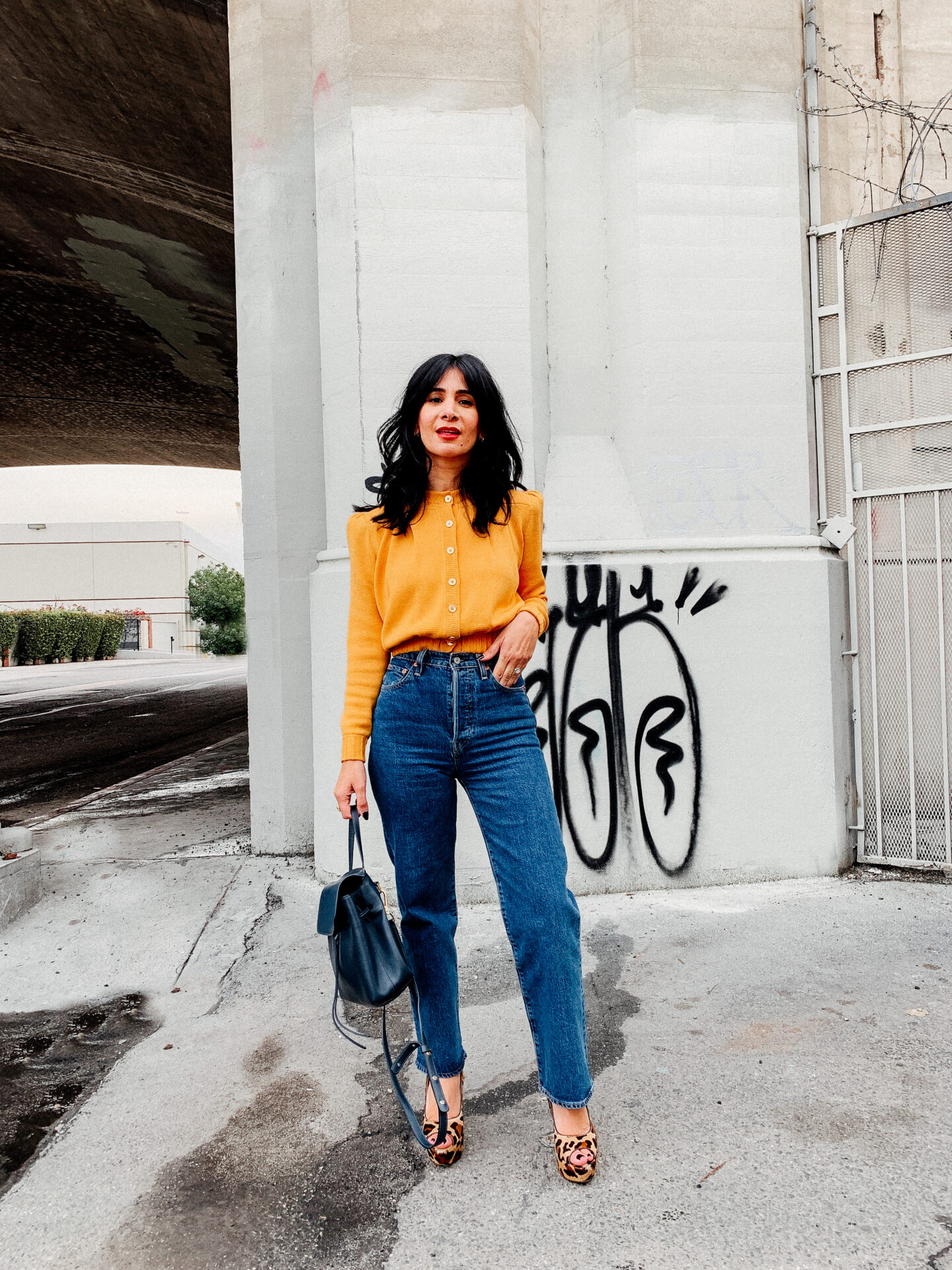 The Only High Waist Jeans You Need - Levi's Ribcage Jeans