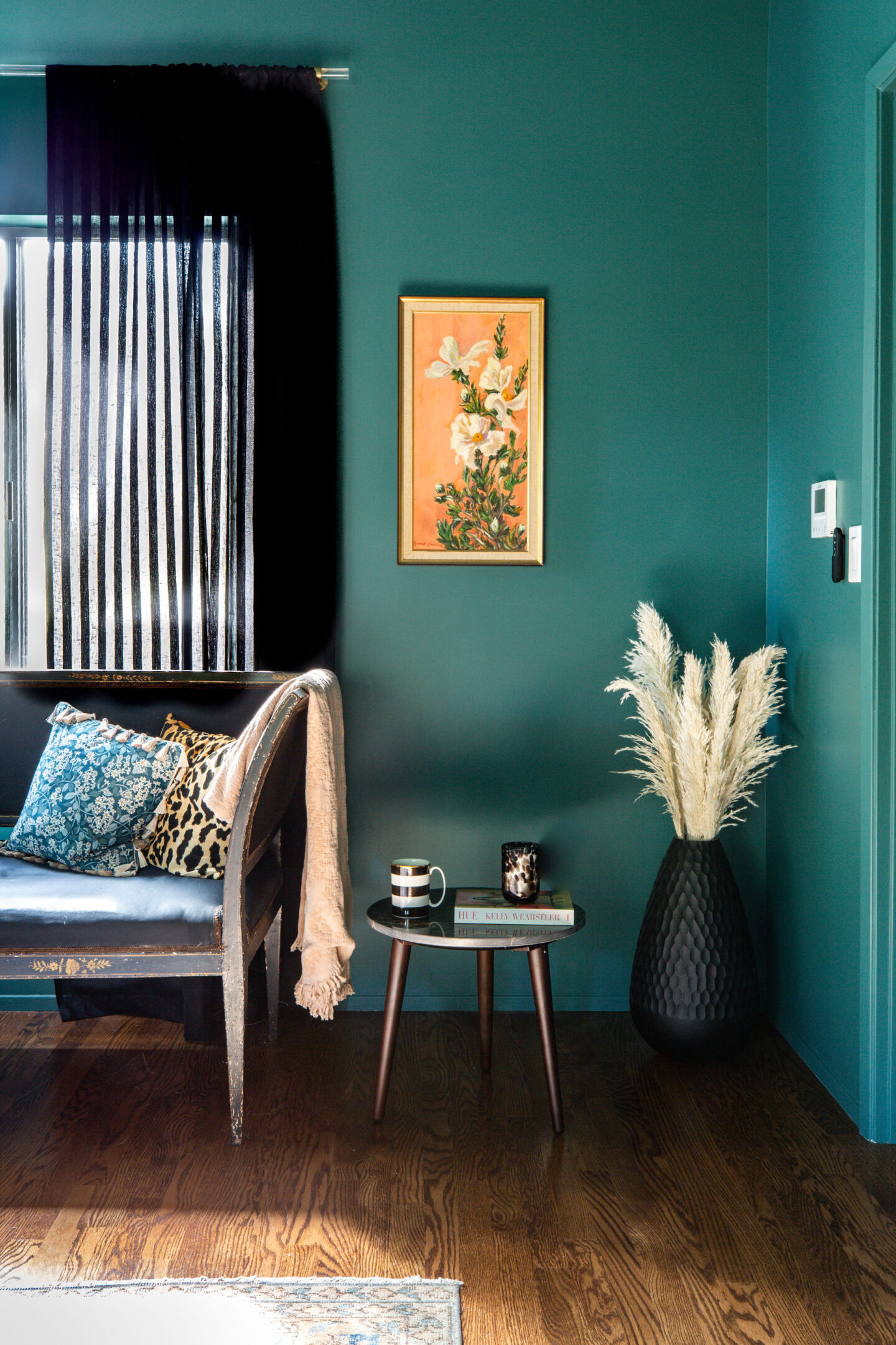moody luxe decor ideas